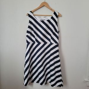 Amanda Charles dress